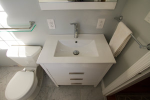 Modern-White-Bathroom-Vanity-Sink