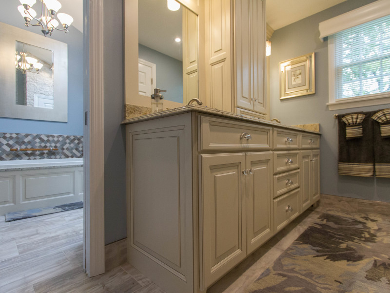 Bathroom-Remodel-Double-Vanity-Cabinet