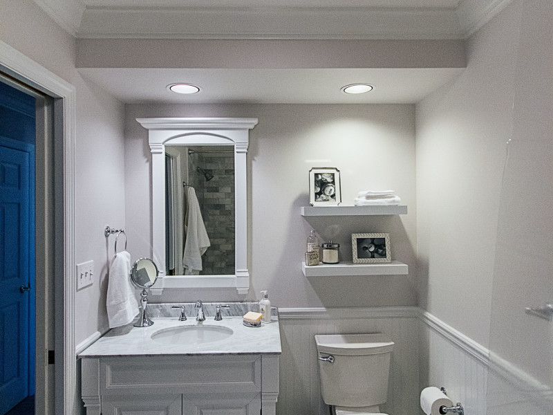 small-bathroom-remodel-white